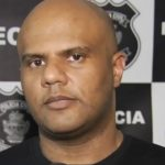 Delegado acusado de dar carro apreendido para a namorada é demitido da Polícia Civil de Goiás