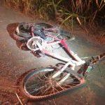 Ciclista e garupa morrem após bicicleta ser atingida por carro na BR-153