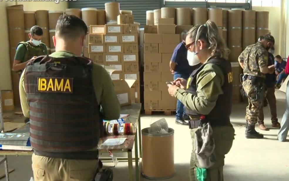 Operação fecha fábrica clandestina de agrotóxicos e apreende 9 toneladas de produtos prontos para a venda